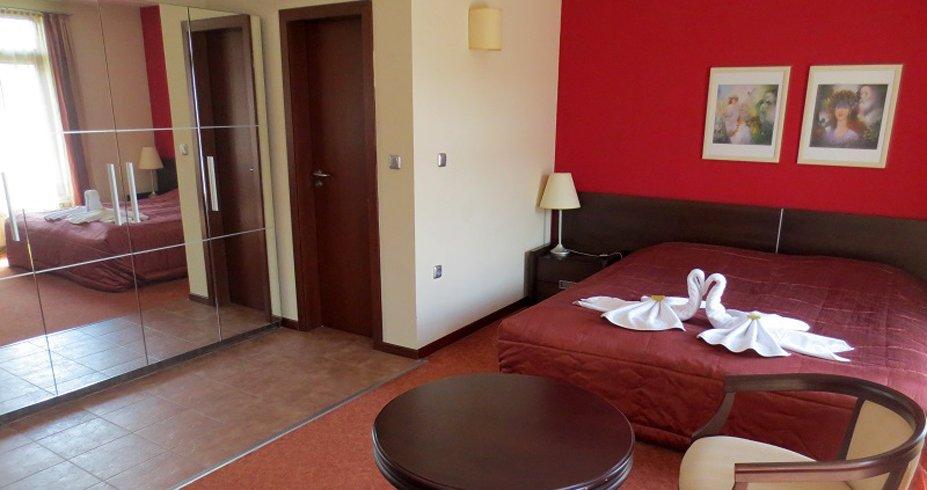 hotel famil bansko bugarska zimovanje soba