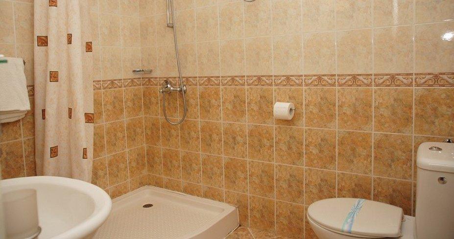 Hotel Grami bansko bugarska zima kupatilo