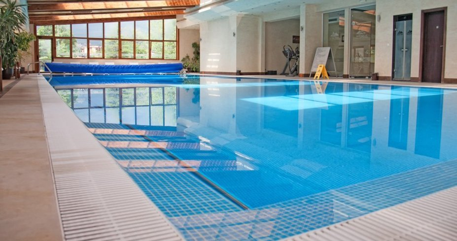 Hotel Sv. Ivan Rilski bansko bugarska zima bazen