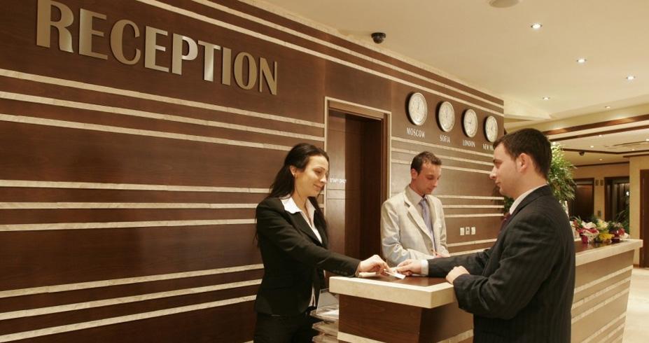 Hotel Sv. Ivan Rilski bansko bugarska zimovanje recepcija