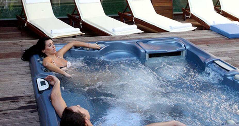 Hotel Euphoria Club borovec bugarska zimovanje djakuzi