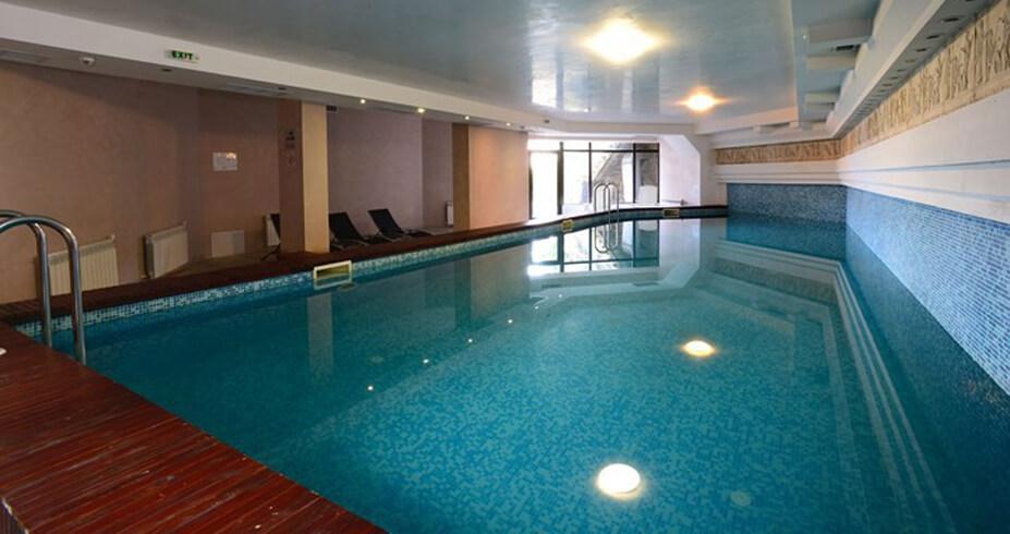 Hotel Mursalitsa Pamporovo zimovanje bugarska bazen