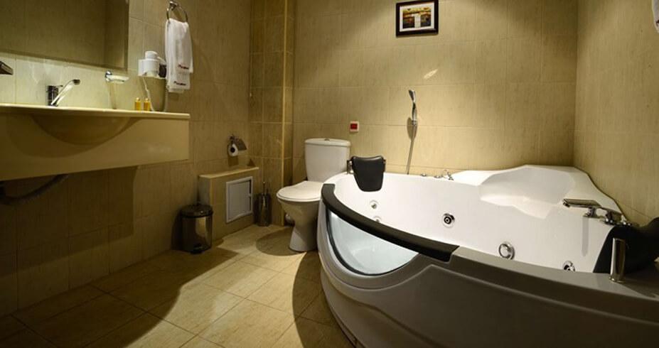 Hotel Mursalitsa Pamporovo zimovanje bugarska kupatilo