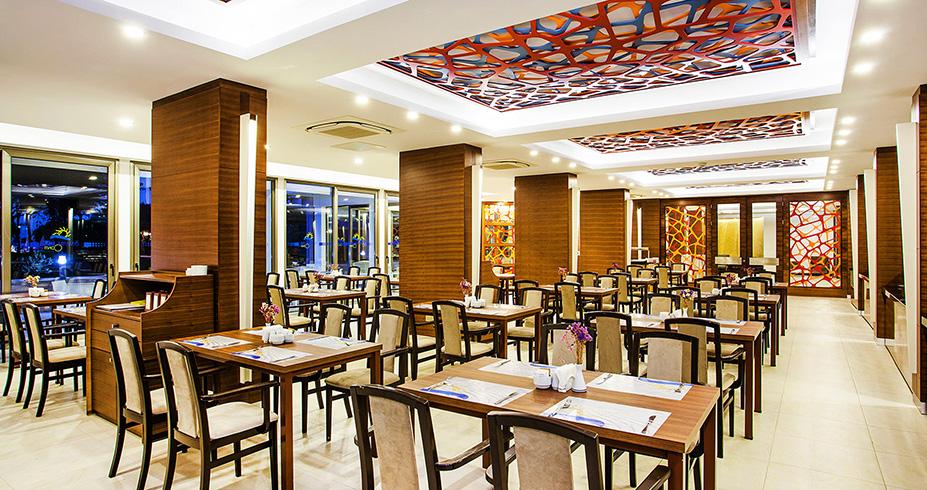 Salamis Bay Conti kipar restoran