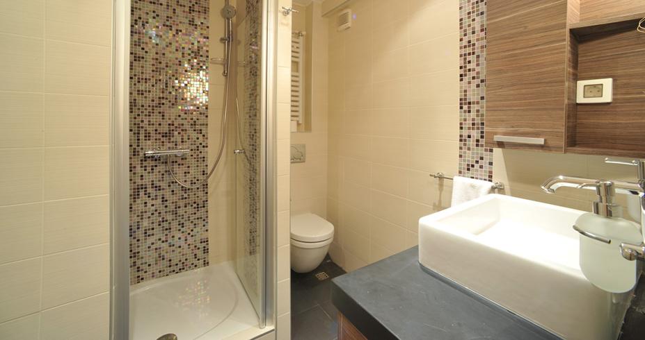 Apartmani Konaci Kopaonik kupatilo