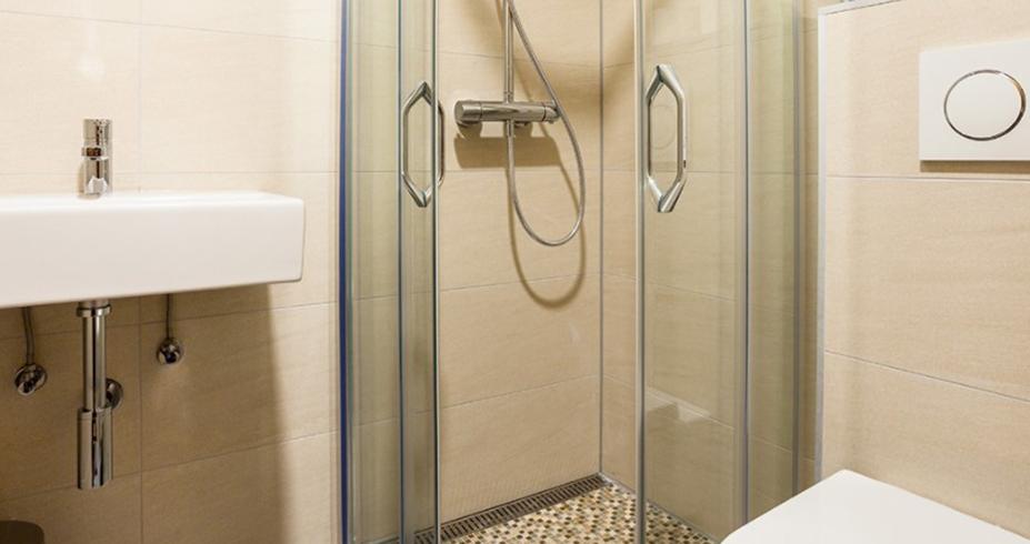 Apartmani Konaci smestaj Kopaonik kupatilo