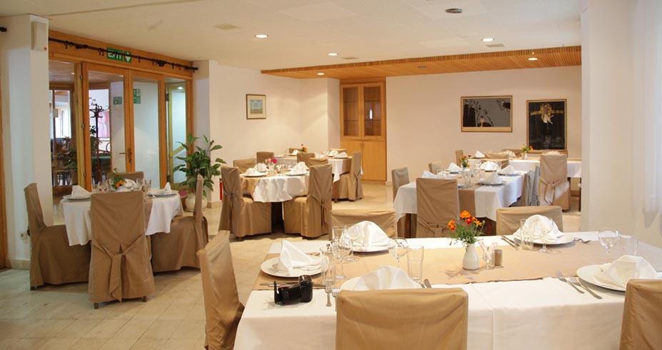 Hotel Club A Kopaonik zimovanje restoran
