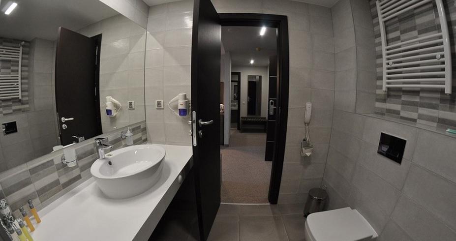 Hotel Perelik pamporovo smestaj kupatilo