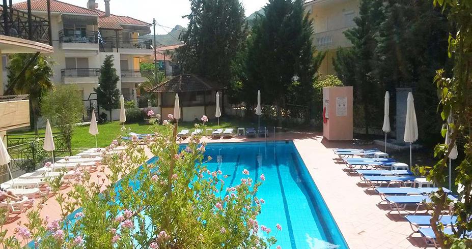 Hotel Petridis Pefkohori leto bazen