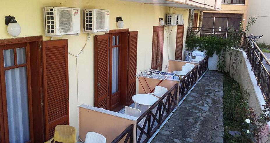 Hotel Petridis Pefkohori leto terase