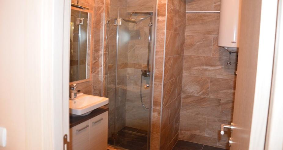 Vila Kopaonik kupatilo
