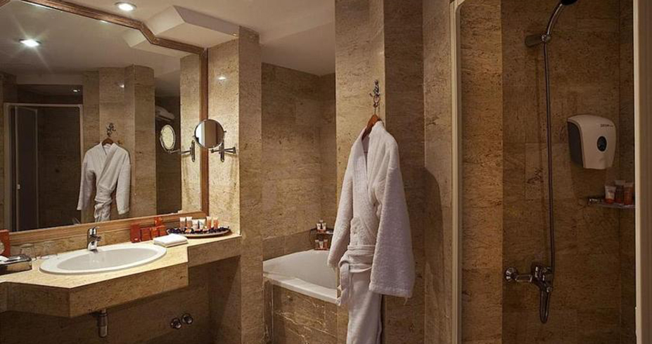 Continental Hotel hurgada egipat kupatilo