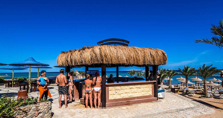 Nubia Beach Resort Hurgada beach bar