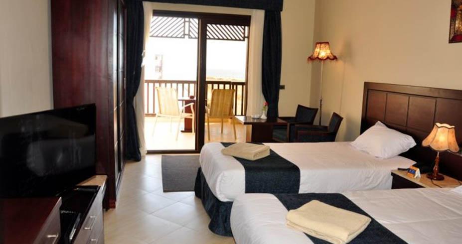 Samra Bay Hotel Resort hurgada soba