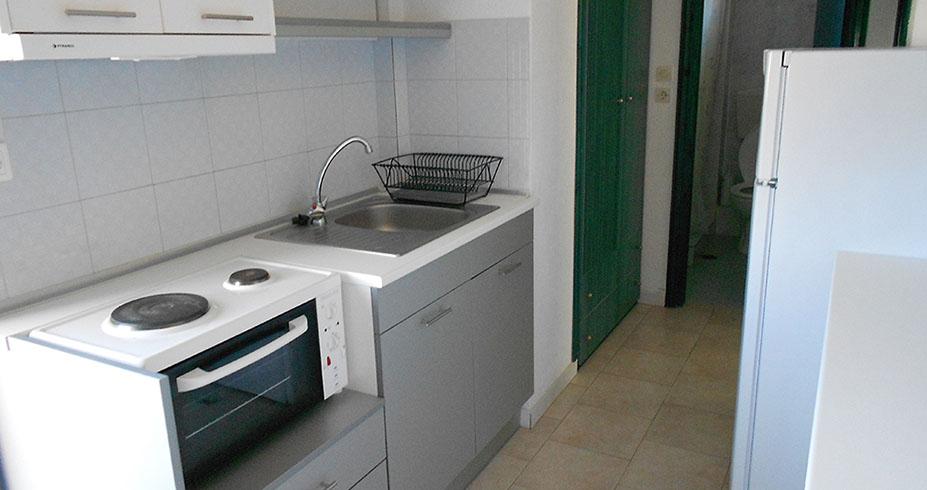 Kuća Magda Kalamitsi sitonija apartmani kuhinja