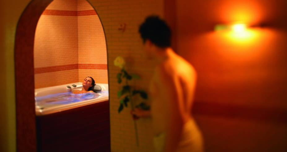 Jacuzzi in Cipros Room 2 Hotel Bellevue Terme Maribor_r