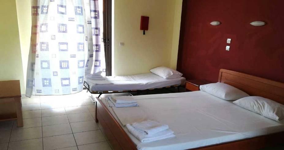 vila_hotel_panorama_polihrono_leto_aquatravel 1200x700
